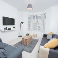 2 double bedroom flat near stadium sleeps 6