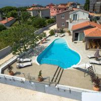 Five bedroom villa Emily with pool in Medulin
