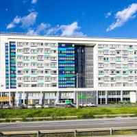 ibis Styles Confins Aeroporto </h2 </a <div class=sr-card__item sr-card__item--badges <div class= sr-card__badge sr-card__badge--class u-margin:0  data-ga-track=click data-ga-category=SR Card Click data-ga-action=Hotel rating data-ga-label=book_window:  day(s)  <i class= bk-icon-wrapper bk-icon-stars star_track  title=4-gwiazdkowy  <svg aria-hidden=true class=bk-icon -sprite-ratings_stars_4 focusable=false height=10 width=43<use xlink:href=#icon-sprite-ratings_stars_4</use</svg                     <span class=invisible_spoken4-gwiazdkowy</span </i </div   <div class=sr-card__item__review-score style=padding: 8px 0  <div class=bui-review-score c-score bui-review-score--inline bui-review-score--smaller <div class=bui-review-score__badge aria-label=Oceniony na 8,6 8,6 </div <div class=bui-review-score__content <div class=bui-review-score__title Fantastyczny </div </div </div   </div </div <div class=sr-card__item   data-ga-track=click data-ga-category=SR Card Click data-ga-action=Hotel location data-ga-label=book_window:  day(s)  <svg aria-hidden=true class=bk-icon -iconset-geo_pin sr_svg__card_icon focusable=false height=12 role=presentation width=12<use xlink:href=#icon-iconset-geo_pin</use</svg <div class= sr-card__item__content   Lagoa Santa • <span 4,9 km </span  od centrum </div </div </div </div </div </li <li id=hotel_1011654 data-is-in-favourites=0 data-hotel-id='1011654' class=sr-card sr-card--arrow bui-card bui-u-bleed@small js-sr-card m_sr_info_icons card-halved card-halved--active   <div data-href=/hotel/br/super-8-aeroporto-confins.pl.html onclick=window.open(this.getAttribute('data-href')); target=_blank class=sr-card__row bui-card__content data-et-click= data-et-view=  <div class=sr-card__image js-sr_simple_card_hotel_image has-debolded-deal js-lazy-image sr-card__image--lazy data-src=https://r-cf.bstatic.com/xdata/images/hotel/square200/238584678.jpg?k=a751611a365227492ab419f611b2d2d729870ddeb6675a9a410f53b6a44e1613&o=&s=1,https://q-cf.bstatic.com/xdat