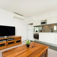 Executive Luxury Apartment, hotel in Northbridge, Perth