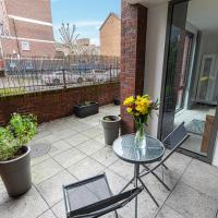 Stylish 2BR flat with terrace in South East London