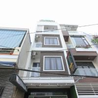 OYO 1068 Fussa Hostel And Apartment