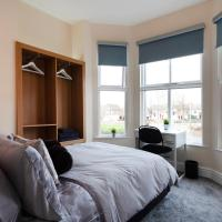 Beautiful, Entire Luxurious One Bedroom Flat