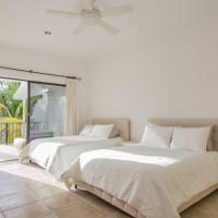 Zen Spacious Villa for 16 Friends near to Beach and Golf Club