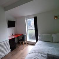 Simplistic Apartment in Coventry near FarGo Village