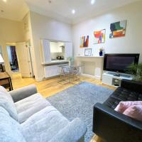 Ground Floor Flat with Private Back Garden next to Hyde Park