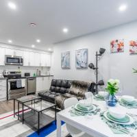 Stunning 2BR Home in the Annex - Bloor/Spadina!