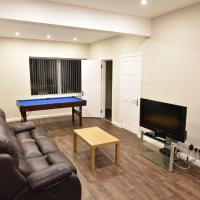 Spacious Holiday Home in Coventry near Coventry University