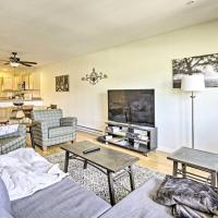 Rustic Fairplay Townhome with Deck and Mtn Views!, hotel in Fairplay
