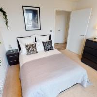 Brilliant 3 Bed Apartment, CANARY WHARF - SK