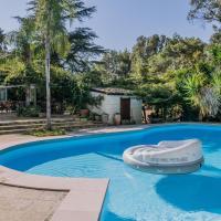 Villetta uso piscina e campo calcetto Salento m403
