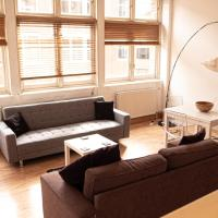 Spacious 1 bed Liverpool St Apartment