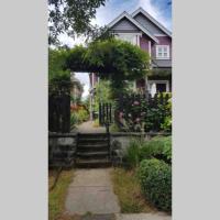 East Vancouver Basement Studio