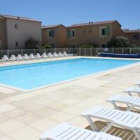 Gîte climatisé 4 à 6 personnes, située dans Résidences Vacances avec piscine chauffée, à Mouriès dans le Parc Régional des Alpilles, LS1-295 MARINADO