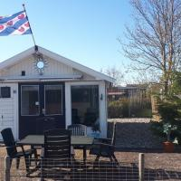 Complete Chalet in Friesland 3 km from Wadden Sea