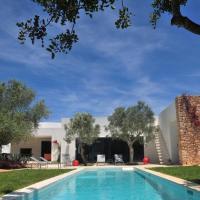 Exclusive 4 Bedroom Villa with Private Pool, Ibiza Villa 1082