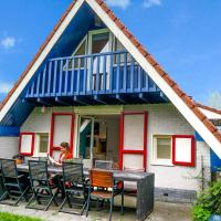 Grachthaus 6pers House with a private terrace and garden by the Lauwersmeer