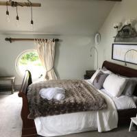 The Jockey Room Hideaway