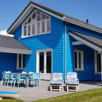 The Blue House - Luxurious Waterfront Villa Zeewolde