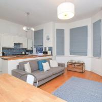 Newly Renovated Victorian 1BR in East Putney