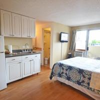 Kuhio Village 510 KING Bed with Renovated Kitchenette