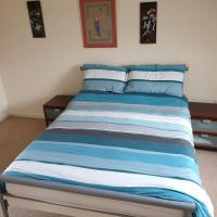 Large double room with en siuite in detached house