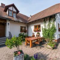 Hofmann`s Apartements & Ferienwohnungen, Hotel in Oberdachstetten