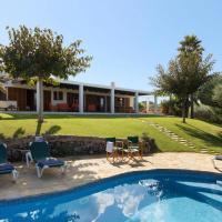 Cala Morell Villa Sleeps 6 WiFi
