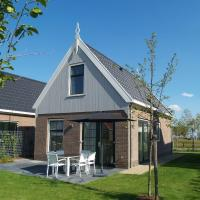 Detached holiday home on the Markermeer, near Amsterdam