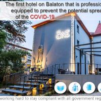 """"""" The One """", Adults Only Boutique & Luxury Design Hotel, hotel in Siófok"""