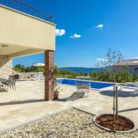 Blue Sky Luxury Villa with pool