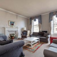 Remarkable 5-Bed Apartment in Edinburgh