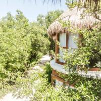 Mamasan Treehouses & Cabins