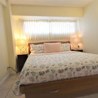Waikiki Park Heights 810 1-Bedroom with Ocean View