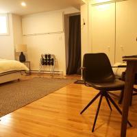 Appartement avec stationnement, grande chambre