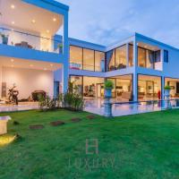 Modern 4 Bedroom Resort Pool Villa LL110