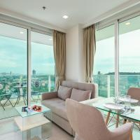 Sea View Condo With Balcony on High Floor - City Garden Tower in Central Pattaya - Free WIFI