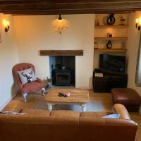 Cosy Flint Cottage