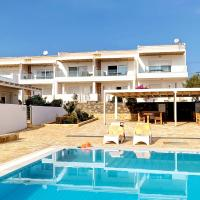 Newly built maisonette with swimming pool and seaview