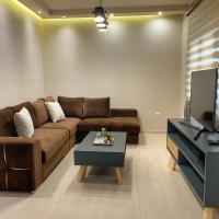 Petite Luxury Urban House