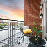 Lily Apartment - Beautiful Balcony & Parking