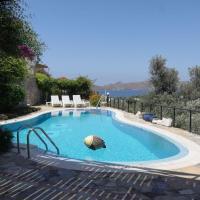 2 BR Amazing Pool and view Yalikavak