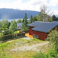 Holiday Home Fjordperlen (FJS145)