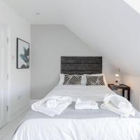 Alluring Holiday Home in Watford near Harry Potter Studio