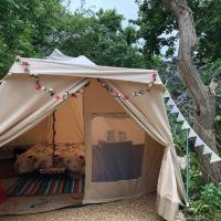 glamping poppy fiddleford
