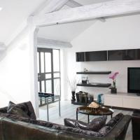 Stylish 2 bedroom penthouse mill conversion