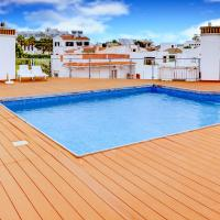 Two Bedroom Apartment in Alvor with Rooftop Pool