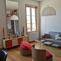 Nice apartment Bordeaux Bastide