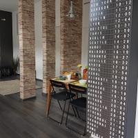 Cozy Design Downtown Apartment