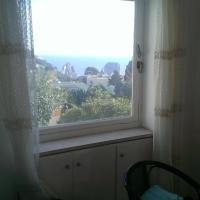 Casa Vacanze Capri a due minuti dalla Piazzetta vista Faraglioni